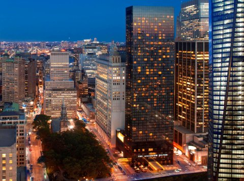 纽约千禧希尔顿酒店(The Millennium Hilton New York)