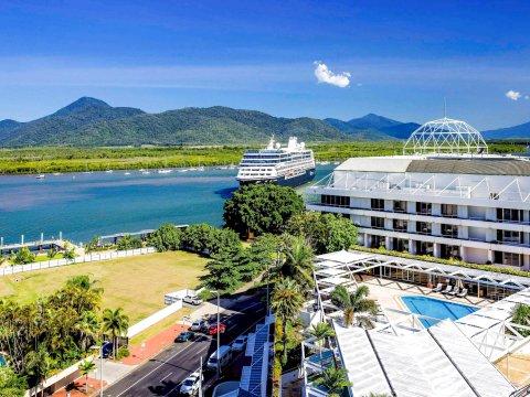 凯恩斯铂尔曼礁赌场酒店(Pullman Reef Hotel Casino Cairns)