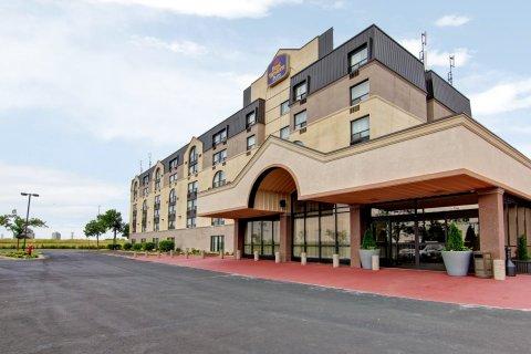 多伦多北约克贝斯特韦斯特优质酒店套房(Best Western Plus Toronto North York Hotel & Suites)