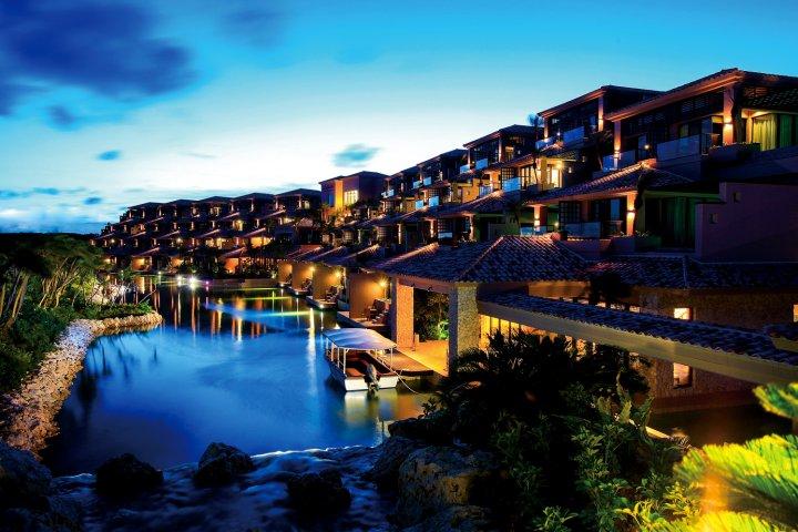 宫古岛黄蔓海景套房酒店(Shigira Bayside Suite Allamanda)