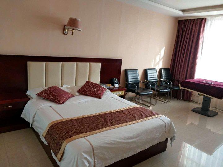 阿拉善右旗沙海宾馆