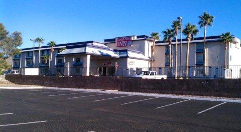 布尔黑特市晚安旅馆和套房(Goodnite Inn and Suites of Bullhead City)