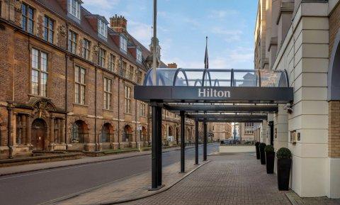 剑桥市中心希尔顿酒店(Hilton Cambridge City Centre)