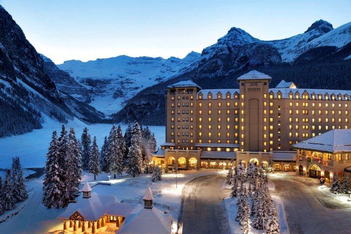 费尔蒙露易丝湖城堡酒店(Fairmont Château Lake Louise)