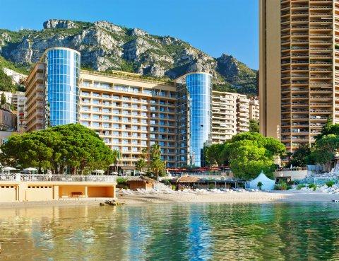 艾美度假酒店(Le Méridien Beach Plaza)