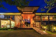 奥勒森林度假酒店(Khaolak Forest Resort)