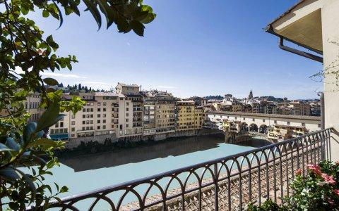 佛罗伦萨迪格里奥拉费酒店(Hotel Degli Orafi Firenze)