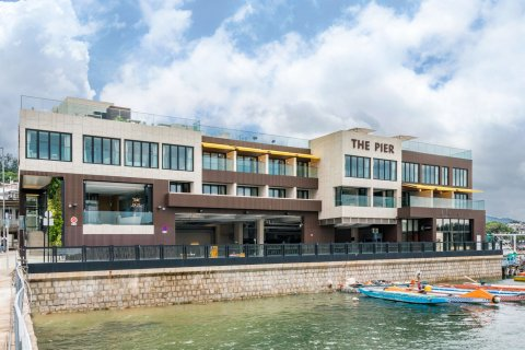 码头酒店(The Pier Hotel)