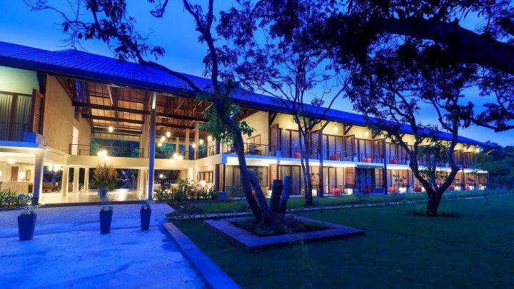 提兰卡度假村温泉酒店(Sigiriana Resort by Thilanka)