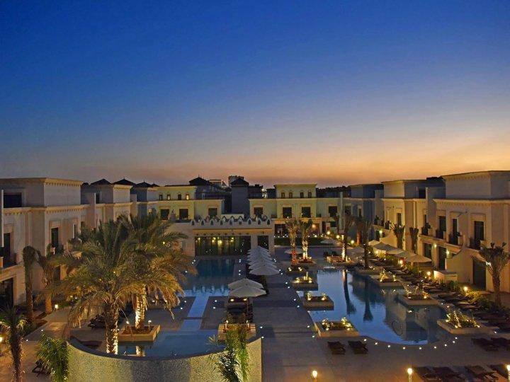 安达卢阿希夫度假村及水疗中心(Al Seef Resort & Spa by Andalus)