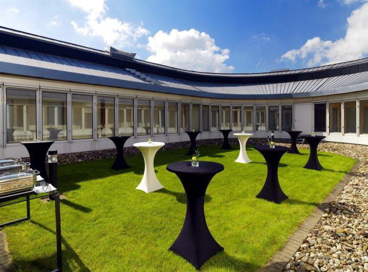 杜塞尔多夫机场喜来登酒店(Sheraton Duesseldorf Airport Hotel)