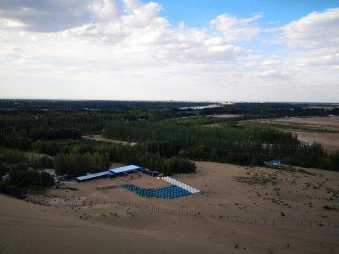 敦煌瑞林沙漠露营基地