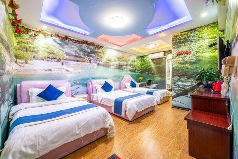 丽鼎商务酒店(贵阳龙洞堡机场店)