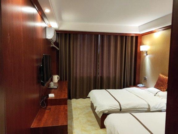 临泉金港湾城市精品酒店