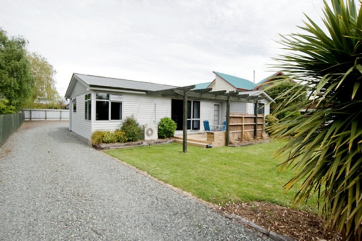 Accommodation Fiordland -The Three Bedroom House at 226A Milford Road