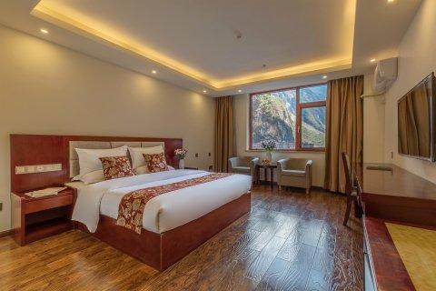 迪庆巴拉格宗水庄大酒店