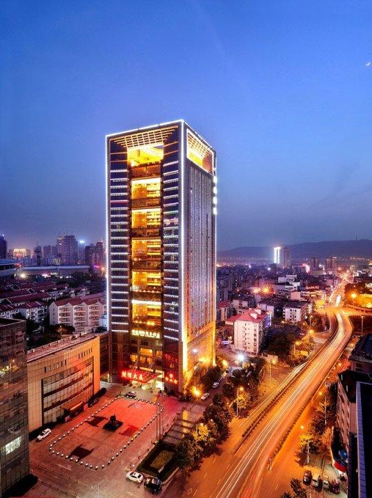 湖南财信国际商务酒店