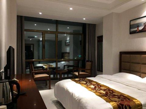 陇南小江南商务酒店