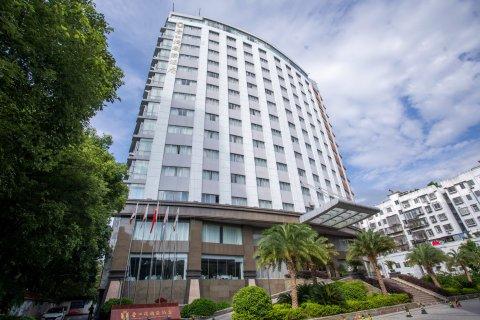 香江湾国际酒店(赣州章江北大道店)