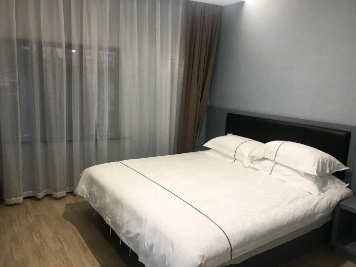 易佰良品酒店(上海外滩外白渡桥店)