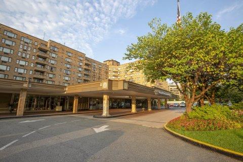 欧尼肖雷汉姆酒店(Omni Shoreham Hotel)