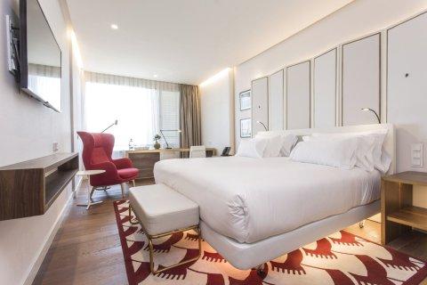 马德里欧式建筑NH精选酒店(NH Collection Madrid Eurobuilding)