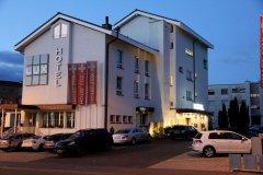 拉克斯商务酒店(Businesshotel Lux)