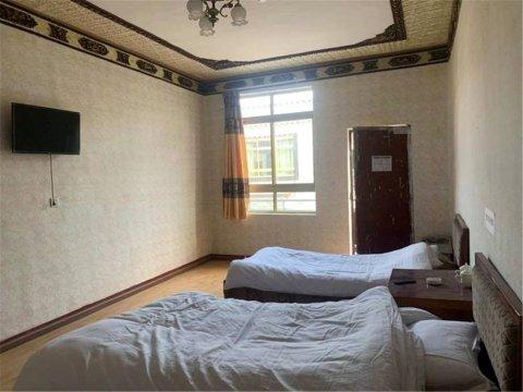 拉萨拉萨赞康家庭公寓
