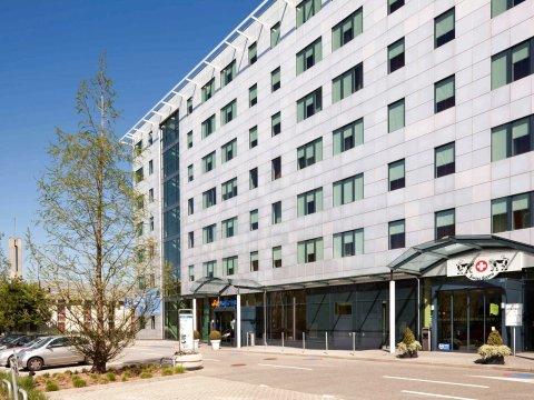 日内瓦机场诺富特套房酒店(Novotel Suites Genève Aéroport)