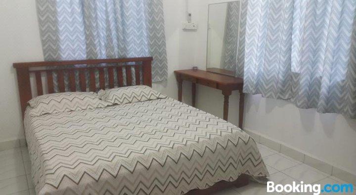 夏班达尔村落住宿度假屋(Shabandar KampungStay)