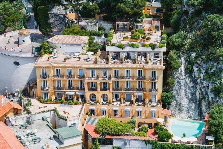 尼斯拉佩罗丝天使湾酒店(Hôtel La Pérouse Nice Baie des Anges)