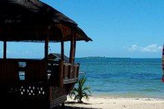 尼乔斯岛度假村(Nichos Island Resort)