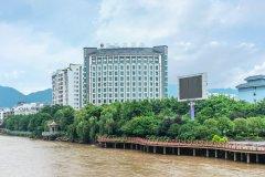 蒙山滨江大酒店