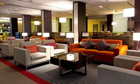杰特码头套房酒店(JetQuay Suites)