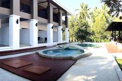 考拉度假酒店(The Retreat Khaolak Resort)