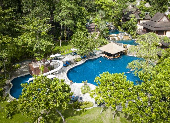 考拉克美林度假酒店(Khaolak Merlin Resort)