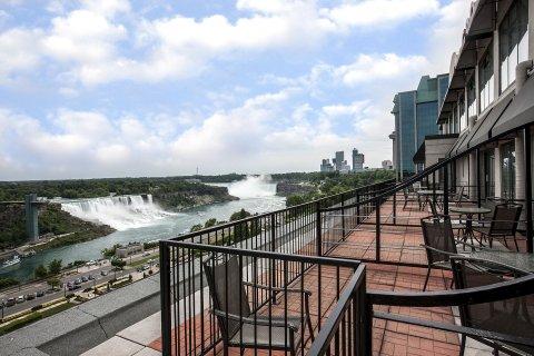 福尔斯维尤皇冠假日酒店(Crowne Plaza Hotel-Niagara Falls/Falls View)