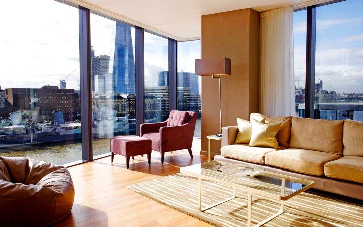 伦敦仕骅廷三码头酒店公寓(London Cheval Three Quays Hotel Apartment)