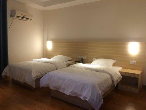 荔浦建国酒店