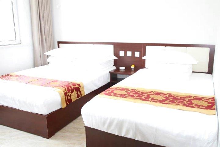 平山臻辉酒店