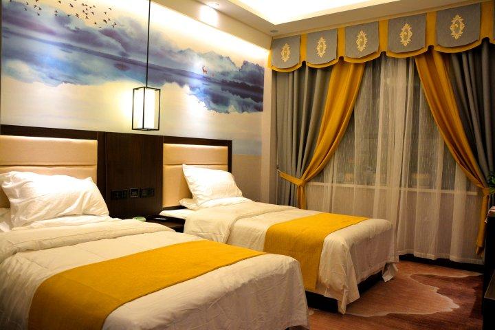 霍城雅岳精品酒店