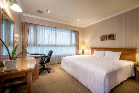 台中福尔摩沙联盟草悟道酒店(原晶品大饭店)(Jin Pin Hotel)