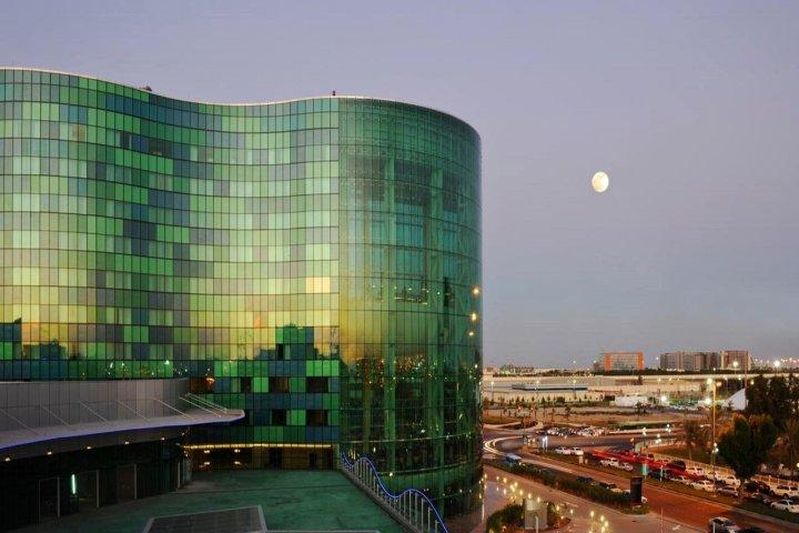 千禧首都中心酒店(Millennium Capital Center Hotel)
