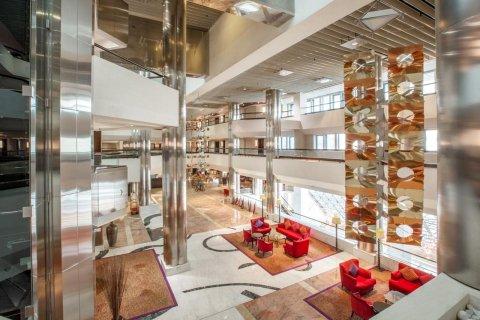 迪拜迪尔拉皇冠假日酒店(Crowne Plaza Dubai Deira, an Ihg Hotel)