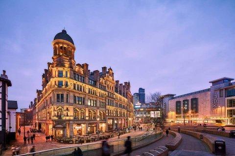 曼彻斯特市罗姆兹酒店(Roomzzz Manchester City)