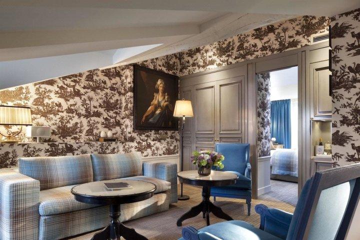 法瓦尔公馆酒店(La Maison Favart)