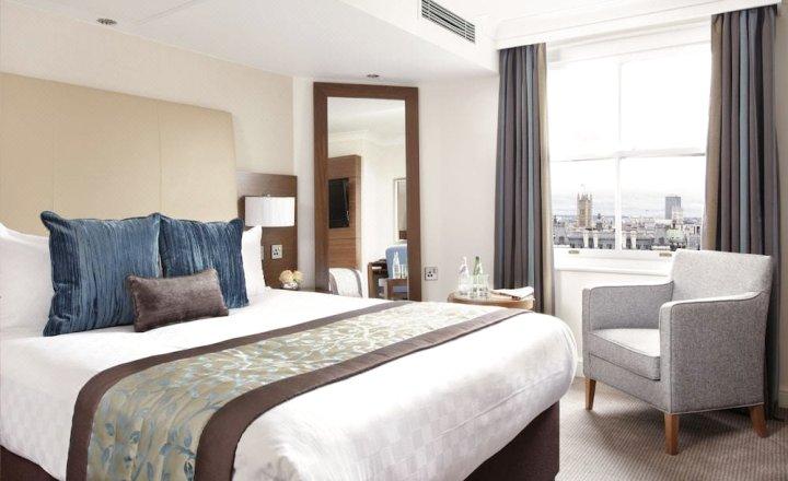 伦敦提斯特尔皮卡迪利酒店(Thistle Piccadilly London)