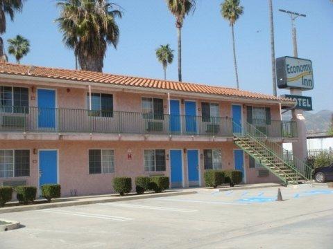 经济汽车旅馆(Economy Inn Motel)