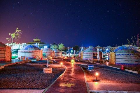 平山湖草原星空度假营地