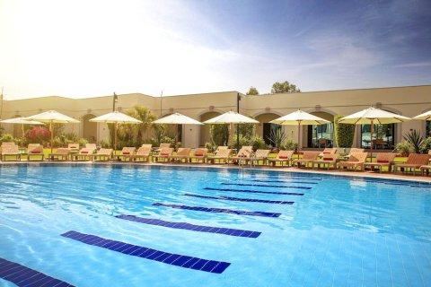 艾因罗塔纳酒店(Al Ain Rotana)